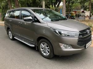 Toyota Innova Crysta 2.8 GX AT 7 Str