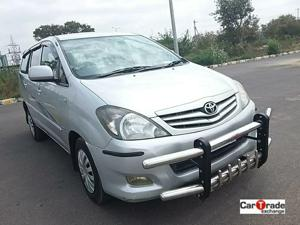 Toyota Innova 2.5 G (Diesel) 8 STR Euro3 (2010)