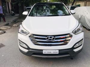 Hyundai Santa Fe 4 WD (AT) (2016)
