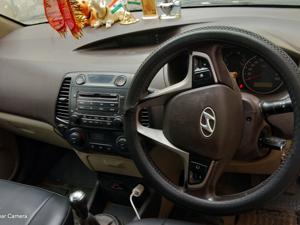 Hyundai i20 Asta Petrol (2010) in Mathura