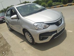Toyota Etios V (2017) in Gurgaon