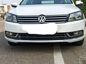 Volkswagen Passat Highline DSG (2012)
