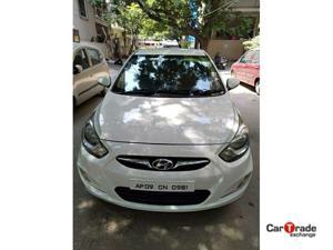 Hyundai Verna Fluidic 1.6 CRDI SX (2012)