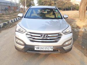 Hyundai Santa Fe 4 WD (AT) (2014)