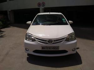 Toyota Etios Liva G (2013)