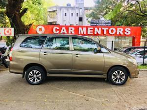 Toyota Innova 2.5 G (Diesel) 7 STR Euro4 (2014) in Pune