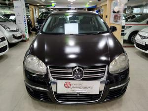 Volkswagen Jetta Comfortline 1.9 TDI (2008)