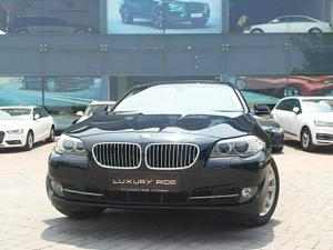 BMW 5 Series 520d Sedan Modern Line (2013)