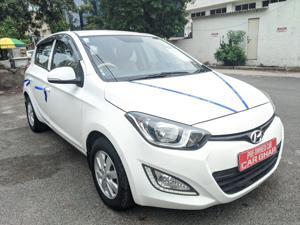 Hyundai i20 Sportz 1.4 CRDI (2013)
