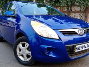 Hyundai i20 Sportz 1.2 (O) (2010)