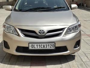Toyota Corolla Altis D 4D G (2013)