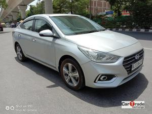 Hyundai Verna Fluidic 1.6 VTVT SX Opt AT