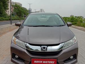 Honda City 1.5 V MT (2015) in Ahmedabad