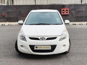 Hyundai i20 Magna Petrol (2010) in New Delhi