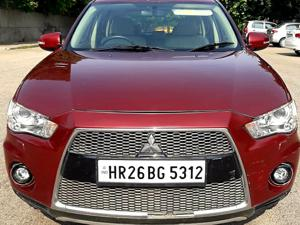 Mitsubishi Outlander 2.4 MIVEC AT (2010) in New Delhi
