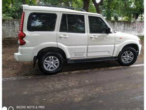 Mahindra Scorpio VLX 4WD Airbag AT BS IV (2014) in Bhopal