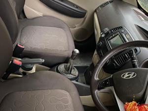 Hyundai i20 Asta Petrol (2010) in Thane