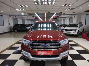 Ford Endeavour Titanium 3.2 4x4 AT (2016)