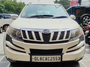 Mahindra XUV500 W6 (2015)