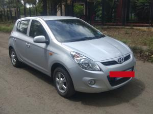 Hyundai i20 Asta Petrol (2009) in Pune