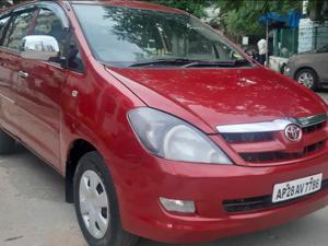 Toyota Innova 2.5 G (Diesel) 8 STR Euro4 (2007) in Hyderabad