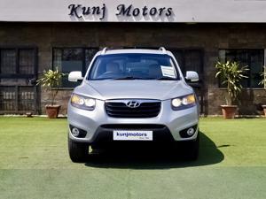 Hyundai Santa Fe 4 WD (AT) (2013)