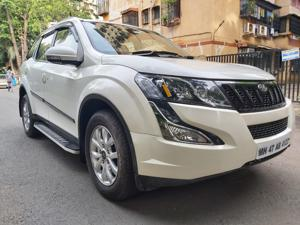 Mahindra XUV500 W9 AT (2018)