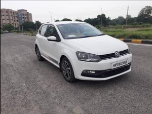 Volkswagen Polo Comfortline 1.2L (P) (2017)