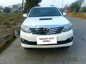 Toyota Fortuner 3.0 4X2 AT (2014) in Khandwa
