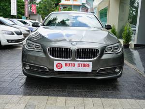 BMW 5 Series 520d Sedan Luxury (2014)