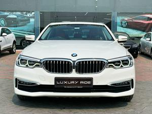 BMW 5 Series 520d Sedan Luxury (2018)