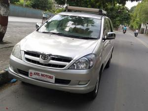 Toyota Innova 2.5 V 7 STR (2006) in Thane
