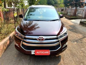 Toyota Innova 2.5 VX 8 STR (2017) in Kolkata