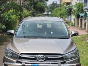 Toyota Innova Crysta 2.4 GX 8 Str (2016) in Kolkata