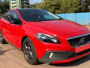 Volvo V40 Cross Country D3 (2013) in Ghaziabad