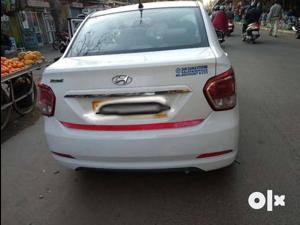 Hyundai Xcent 2nd Gen 1.1 U2 CRDi 5-Speed Manual Base (2017) in Chennai