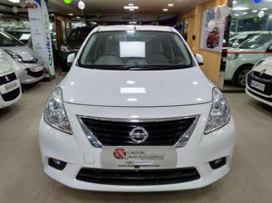 Nissan Sunny XV Diesel (2012)