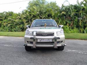 Tata Safari Storme 2.2 VX 4x4 (2013)