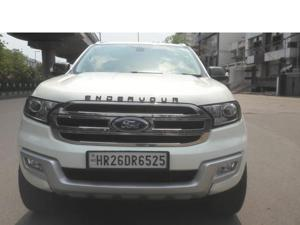 Ford Endeavour Trend 2.2 4x2 AT (2018)