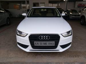 Audi A4 2.0 TDI Premium+ (2013)