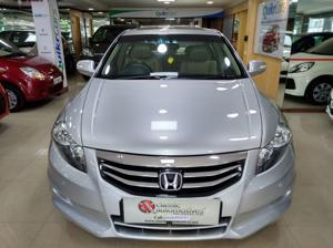 Honda Accord 2011 2.4 AT (2012)