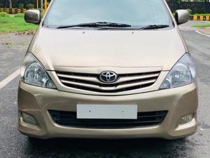 Toyota Innova 2.5 EV CS 7 STR BS IV (2010)