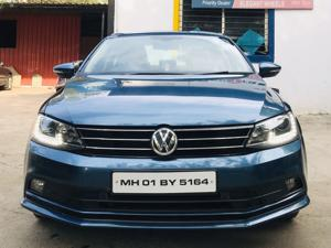 Volkswagen Jetta Highline TDI (AT) (2015) in Pune