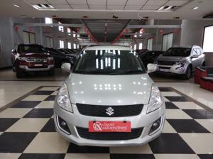 Maruti Suzuki Swift ZXi (2015)