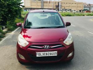 Hyundai i10 Sportz 1.2 (2014) in New Delhi