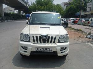 Mahindra Scorpio SLE BS IV (2012) in New Delhi