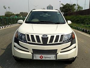 Mahindra XUV500 W6 (2014) in New Delhi