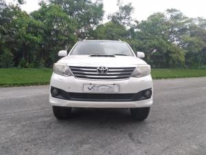 Toyota Fortuner 3.0 4X2 MT (2012) in Hyderabad