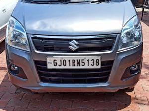 Maruti Suzuki Wagon R 1.0 VXi (2016) in Ahmedabad