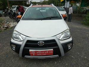 Toyota Etios Cross VD 1.4L Diesel (2014) in Ujjain